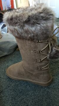 Brown fur lace-up mid-calf  boots