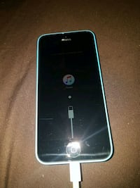 iPhone 5c w/charger Belleville, K8P 3K3