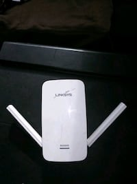 white TP-Link wireless router Colorado Springs, 80904