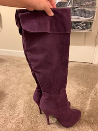 Purple high boots Virginia Beach, 23462