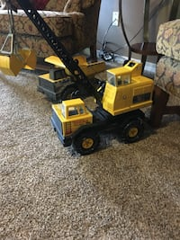Like new 80's model tonka 889 mi