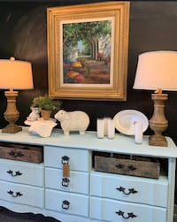 Gorgeous Entry Piece French Provicial  Brandon, 39047