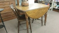 Antique Drop Leaf Table(chairs sold separately) Mesa