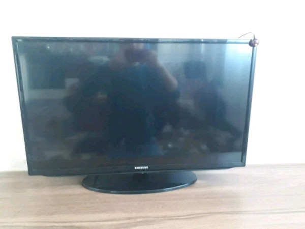 82 ekran full HD led tv samsung marka