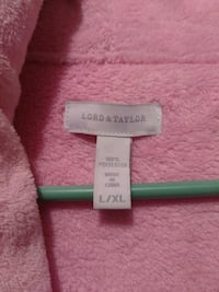 Lord & Taylor Pink Plush Bathrobe 26 km
