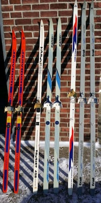 ☆☆☆ CROSS COUNTRY SKIS!! ☆☆☆