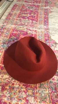hat Newport Beach, 92663