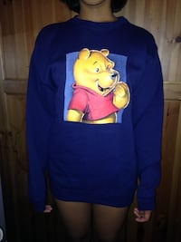 NEW Winnie the Pooh pullover sweater size small Foster City, 94404