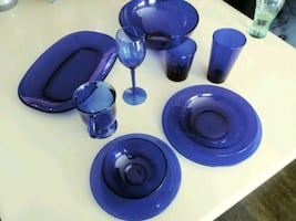16 person dinnerware set - 135 pieces total