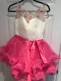 Girl's pink and white tutu dress Markham, L3P 4E1