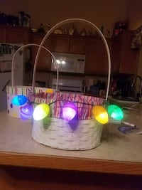 Handcrafted led easter eggs and baskets  Spokane, 99206