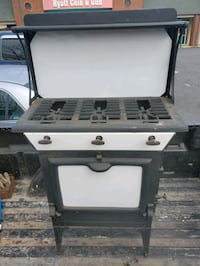 Athens Stove Works #33 Porcelain Enamel Cast Iron 3 Burner Gas Stove