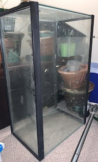 Glass aquarium 50 gallon