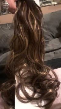 Full 25 clip real hair extensions Tulsa, 74126