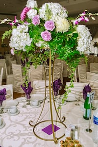 Flower Centrepieces for Rent Mississauga, L4Y 2M5