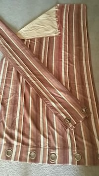 Curtains Drapes 84 x 42 Two for $10 Ottawa, K1G 4E2