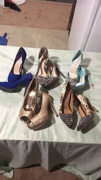 Size 9 all for 10.00 each like new negotiation for all Harpers Ferry, 25425