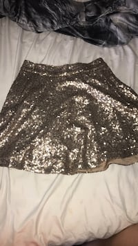 TOBI gold sequined skirt