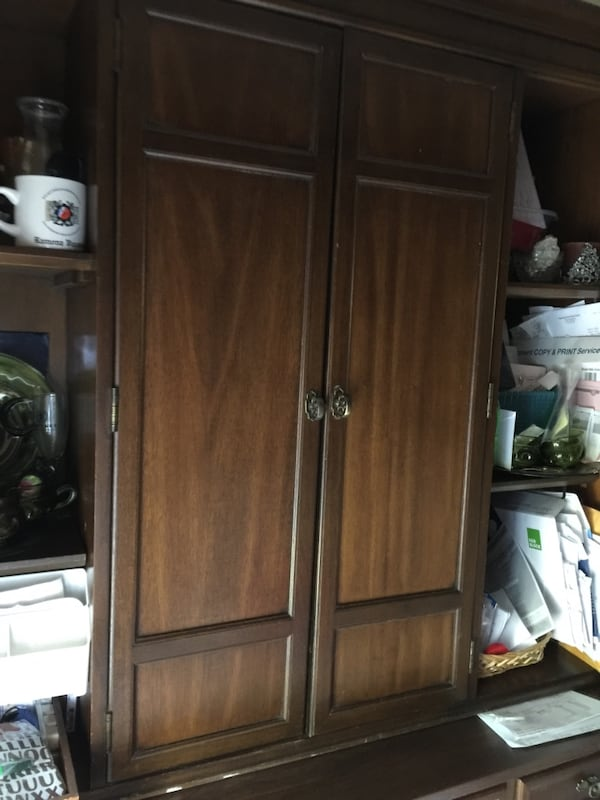 Antique German Hutch & Cabinet-reduced to $500 was $750! 00f55e77-1cc8-4273-86cd-cc6f8566c672