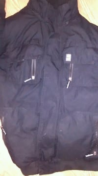 black zip-up jacket ecko unlimited Winnipeg, R3E 0A2