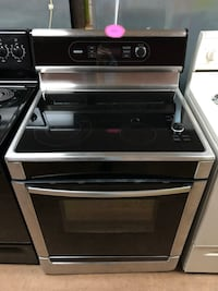 Bosch stainless steel electric stove  Woodbridge, 22191