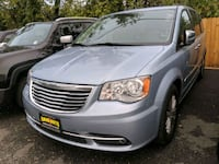 2016 Chrysler Town & Country District Heights
