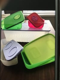 Tupperware Containers  Vancouver, V6B 0A2