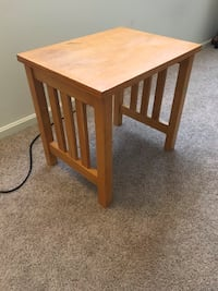 Small Table Louisville, 40242