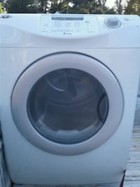 white front-load clothes dryer 261 km