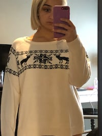 Black and White women's sweater, size XL