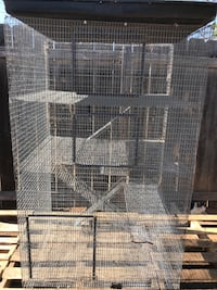 Excellent condition extra large 4 story pet cage with removable tray  National City, 91950