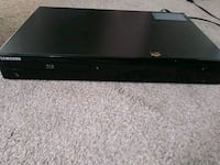 samsung blu ray player + 26 blu rays Wilmington, 19805