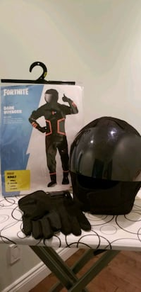 Dark Voayer Fortnite Costume size Medium (size 18) Laval, H7N 1V2