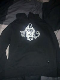 black and white pullover hoodie