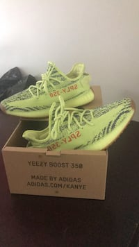pair of white Adidas Yeezy Boost 350 on box Washington, 20007