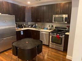 2 Story House in Jersey City- Roomate Wanted