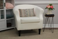 New accent chair Mississauga, L5M 7M8