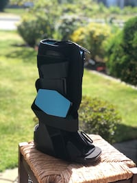 Air boot / Fracture boot Burnaby, V5G 1X9