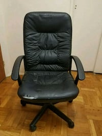 black leather office rolling armchair Queens, 11365