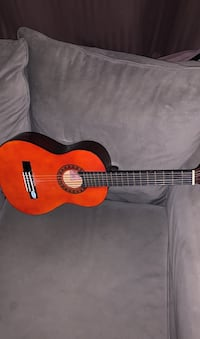 Starter guitar for Young child  London, N6C 2J3