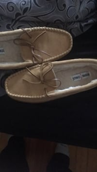 Pair of brown leather loafers Brockton, 02301