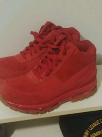 pair of red Nike Air Max shoes Victoria, V8X 1Y8