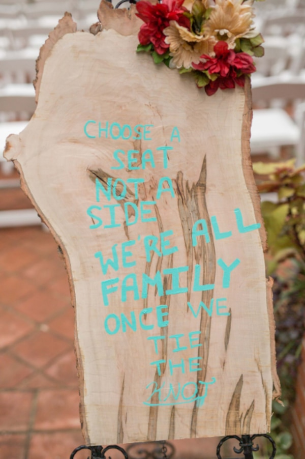 Beautiful Live Edge Wedding Sign 95a59866-cd0f-4d8e-8864-d70e352a0c8a
