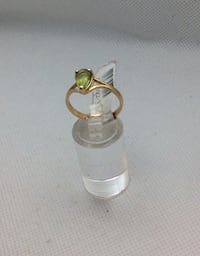 14kt yellow gold ring with peridot stone size 8  Baltimore, 21205