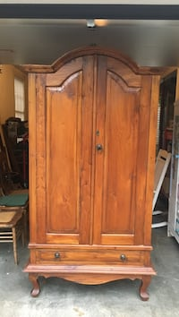 brown wooden 2-door wardrobe Lexington, 29072