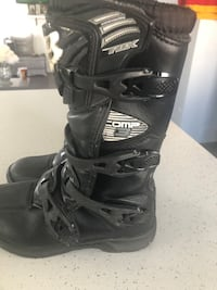 Motorcycle riding boots Calgary, T2A 4A3