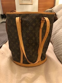 Like New Louis Vuitton Bucket Bag  New York, 10036