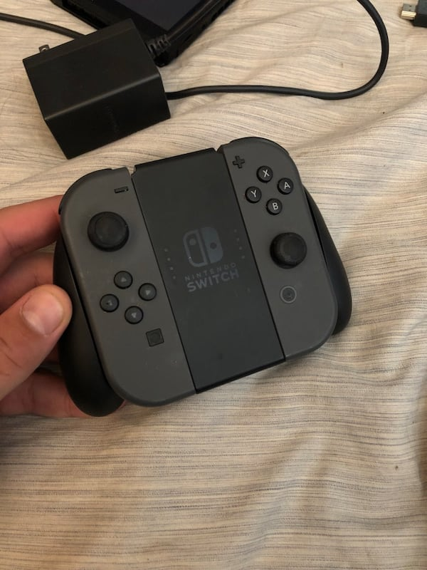 Nintendo switch bundle  1