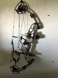 Black and brown compound bow Mansura, 71350