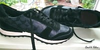 COACH sneakers. size 8. worn 3 times. like new. (o Cranston, 02910